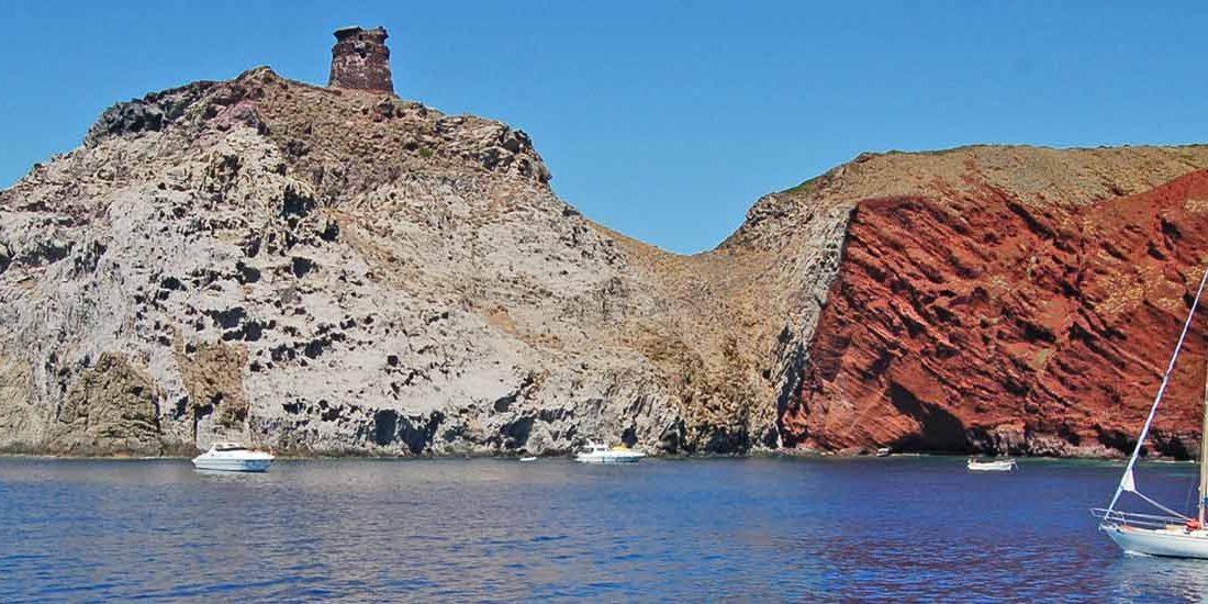 viaggio alla scoperta dell'isola di Capraia